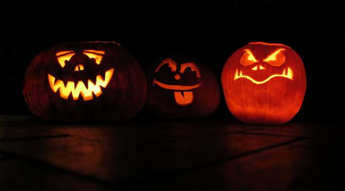 Das Essen der Halloweenparty